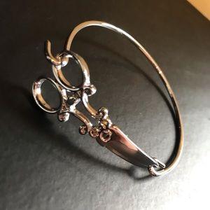 Jewelry - Scissor bracelet